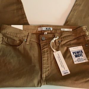 NWT Dillard's Code Bleu Jeans - Size 10